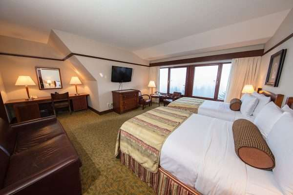Summit Room - 2 Double Beds